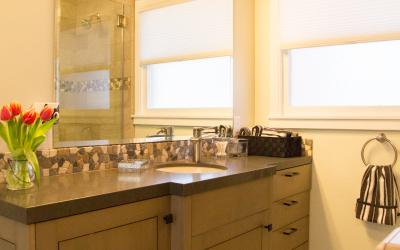 Minka Lavery Bath Bar